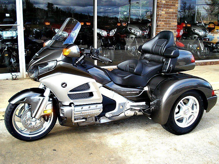 2013 dark gray trike resized